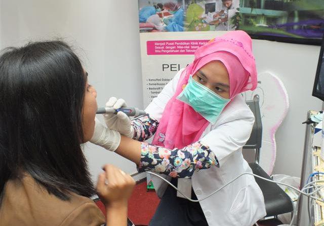 Fakultas Kedokteran Gigi Unissula ikuti Dentist Expo 2013